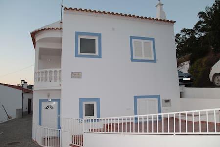Alugo apartamento Odeceixe (casas Santo António) - Odeceixe - Lägenhet