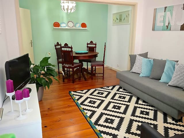 WELCOMING COZY LISBON APARTMENT