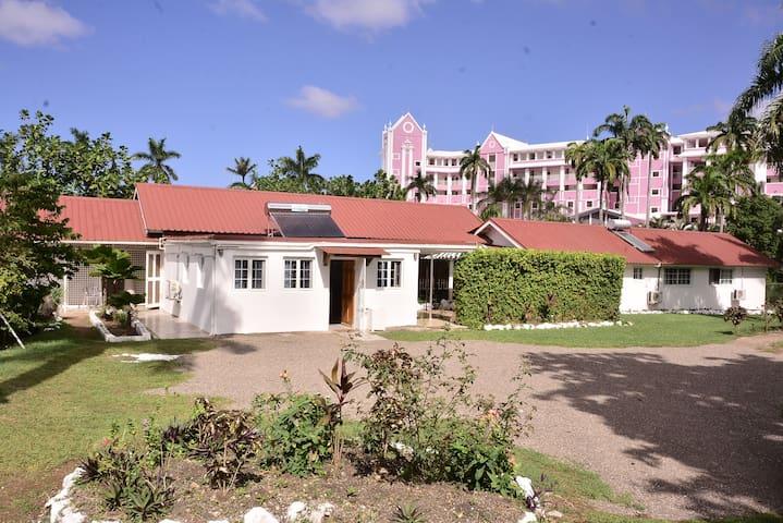 Fantastic Jamaican Studio Apartment