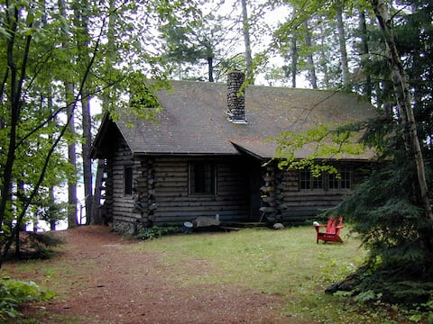 Historic Cabin on North Arm of Lake Burntside