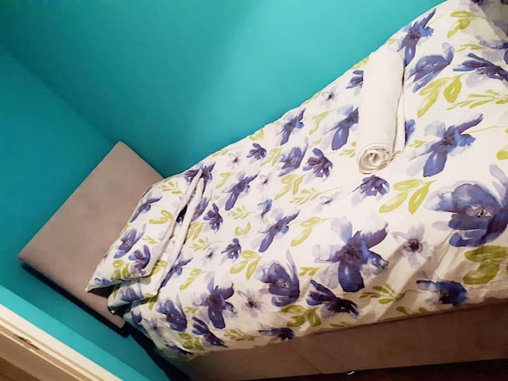 Cosy Single Room In Central Reading.