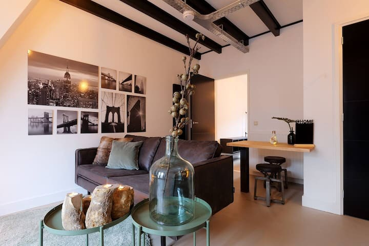 Stylish apartment in the center of village Bussum
