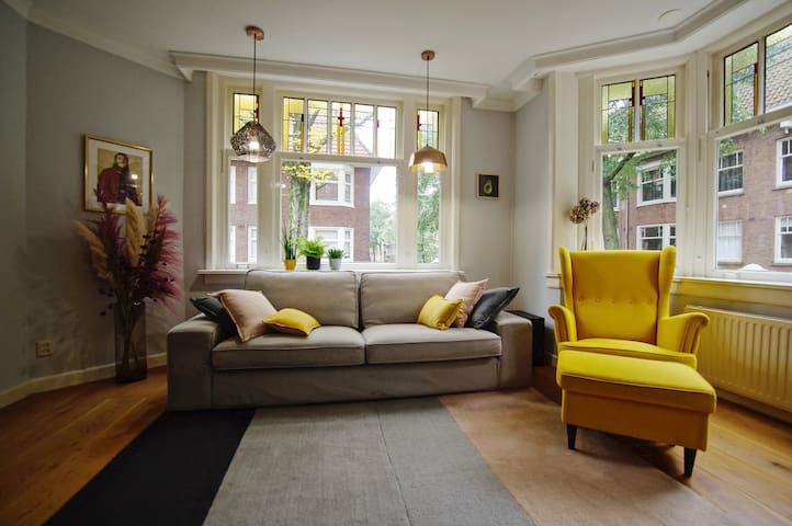 Stylish, cozy & light apartment, ideal for couples