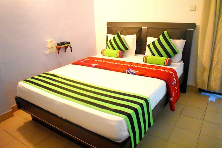Deluxe Double Room / Sisila Tourist Inn
