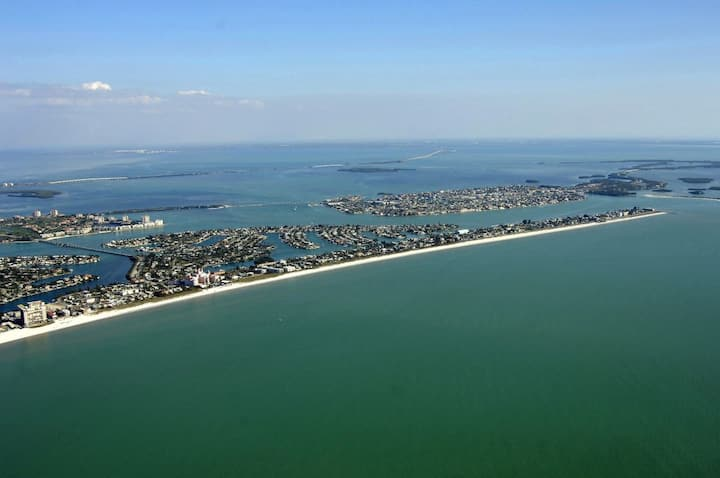 Amazing Florida! Incredible 4 Comfy Units.