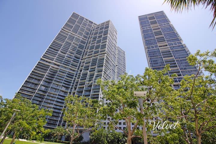 ★ ICON Brickell DELUXE Modern Condo 39th floor♡SPA