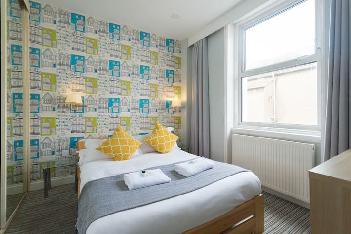 Exciting studio in the heart of Brighton