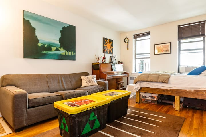 Cozy Artist Studio - NO CLEANING FEE - New York - Apartment