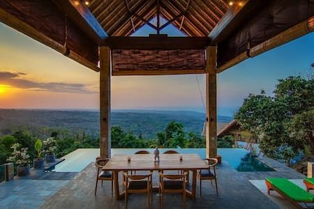 180° VIEW, PRIVATE POOL VILLA.. - Singaraja - Villa