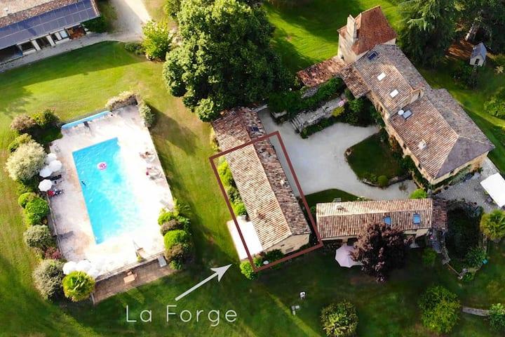 La Forge avec piscine, tennis, vélos