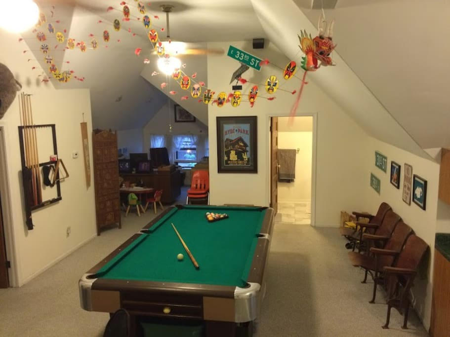 3rd floor includes an entertainment area with a pool table.