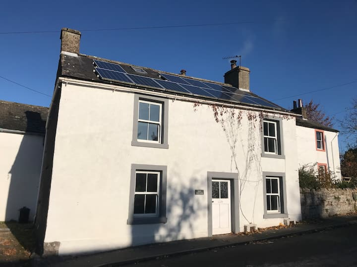 Rose Cottage Ullswater family holiday home +garden