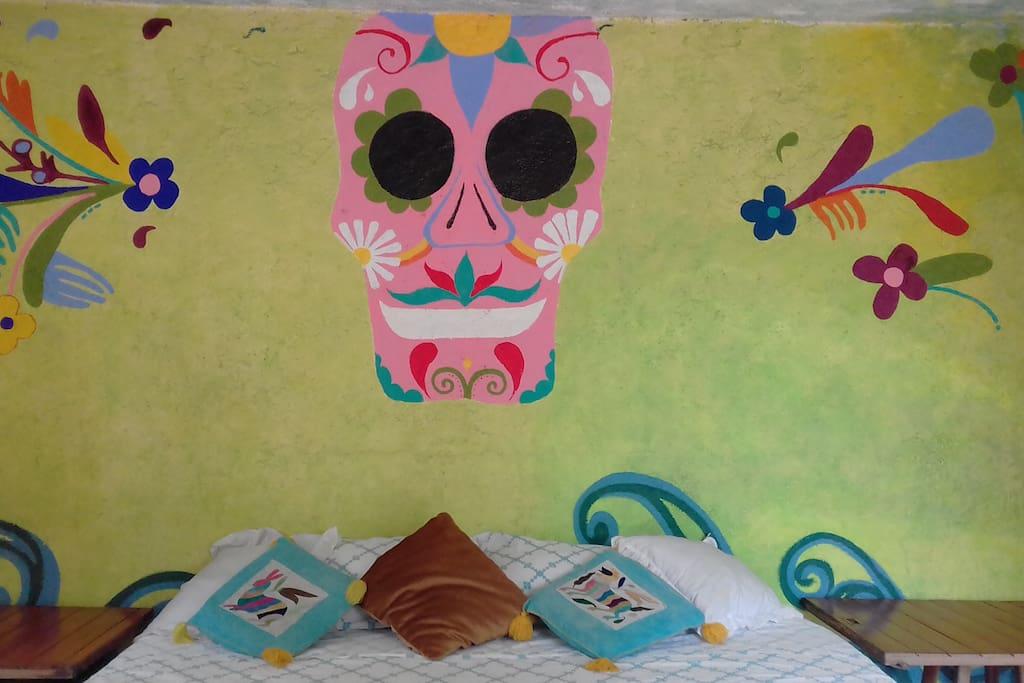 our VIP room: Katrina (qüen size bed)