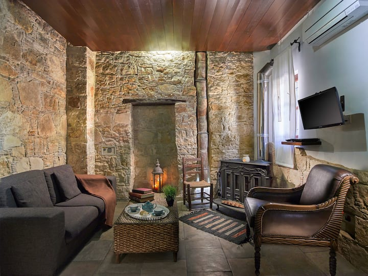 Sterna (Luxury Suite with Fireplace)