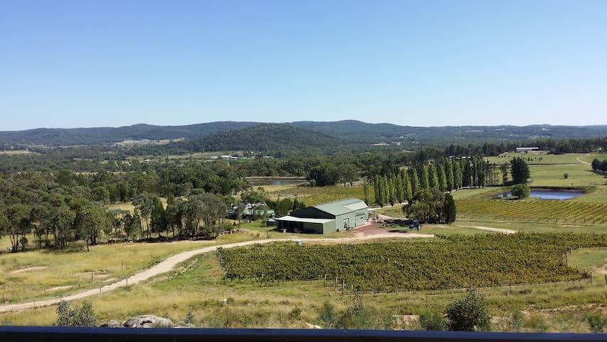 Granite Belt, Harrington Glen Estate/Winery - Glen Aplin - Train