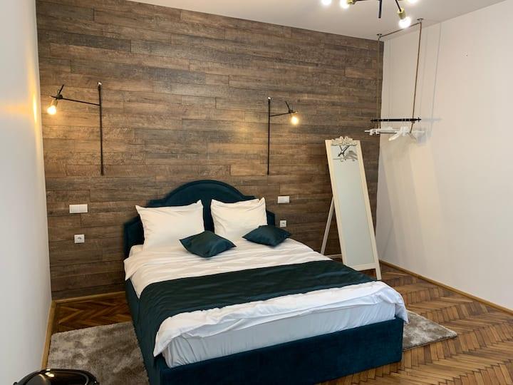 1790 Margarethengasse- Room with bath