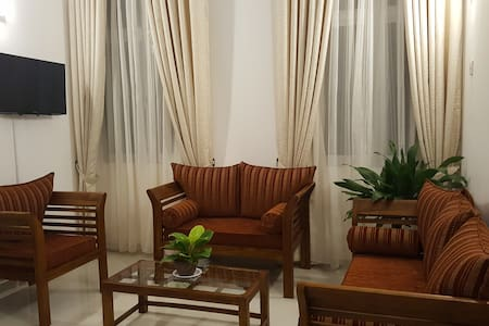 Spacious Apartment at a Convenient Location - Nugegoda