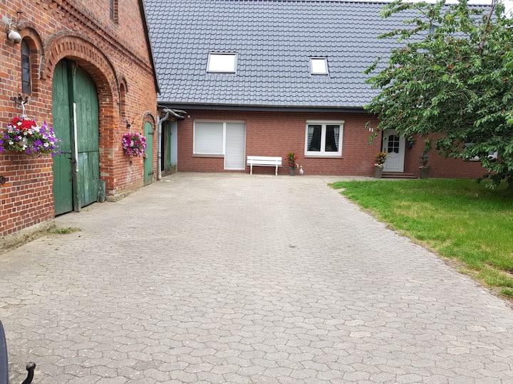 Gemütliche Ferienwohnung (2) in Geestland