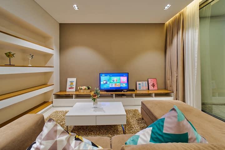Clean &Quiet 4BR Villa★GOLF VIEW★Private Pool