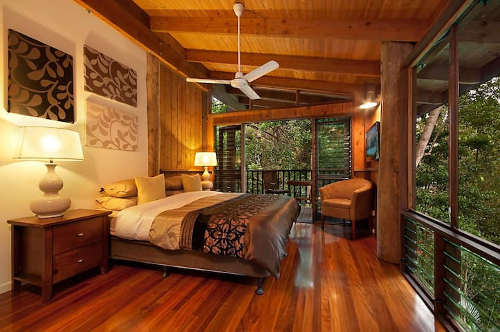 Kardinia House - the Ultimate Rainforest Retreat! - Kamerunga - Casa