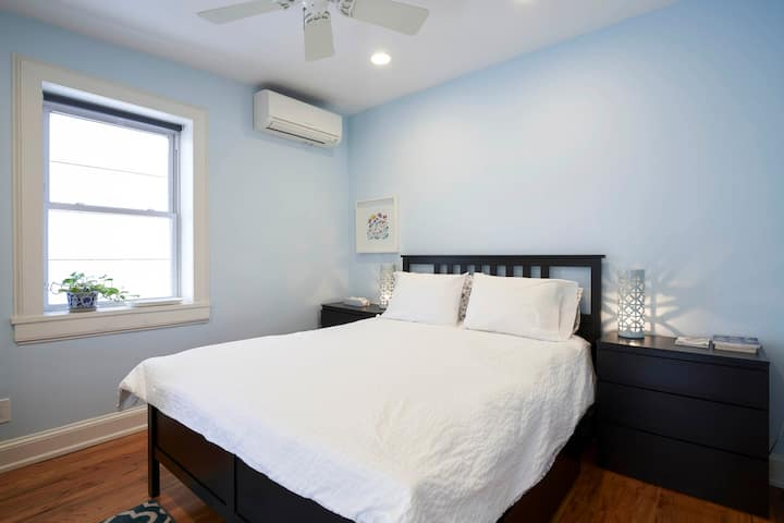 Private suite in Carroll Gardens