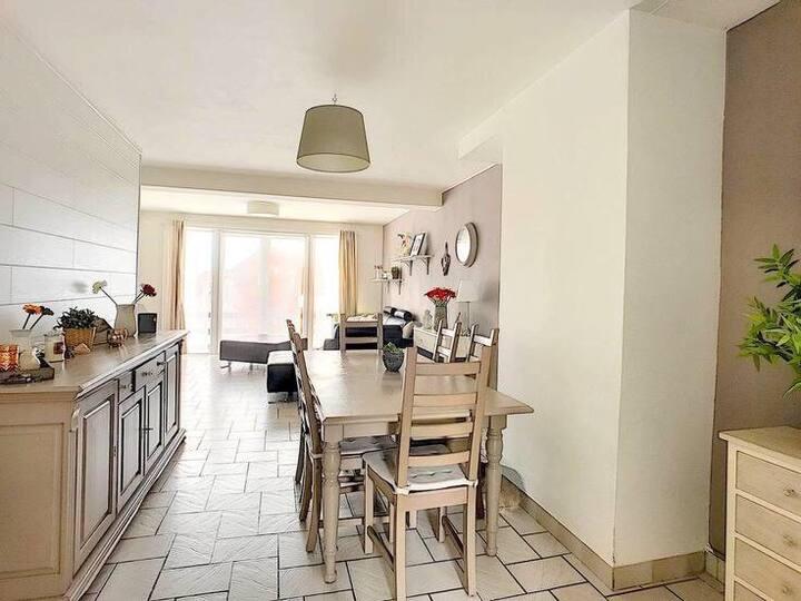 2 chambres privées dans un appartement avec jardin