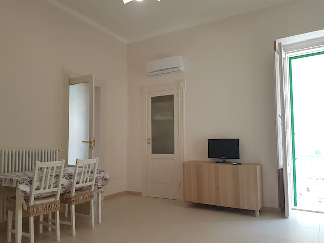 Molfetta Apartment - Cozy 75sqm flat in old town