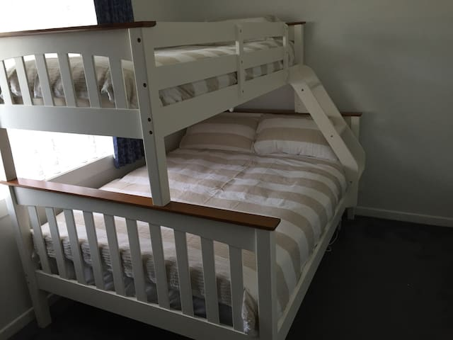 4th Bedroom Double Bed/ Single Bunk