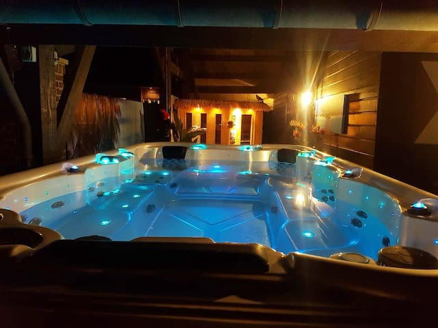 Luxe overnachting met privé jacuzzi & privé sauna