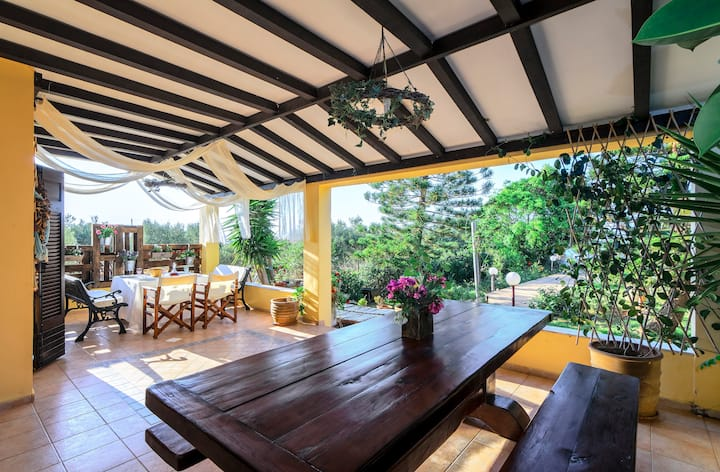 The Nouns ~ Hersonissos Summer Garden Villa