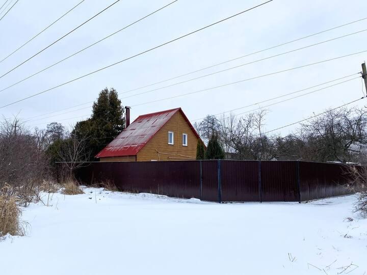 Просторный уютный дом с камином и баней