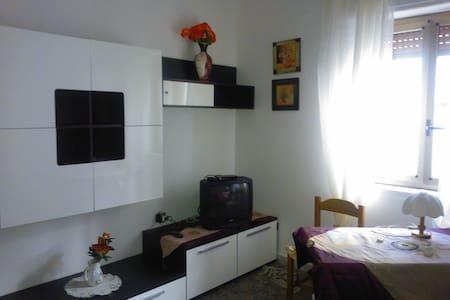 Appartamento vicino al Mare, finemente arredato - Nova Siri Scalo - Huoneisto