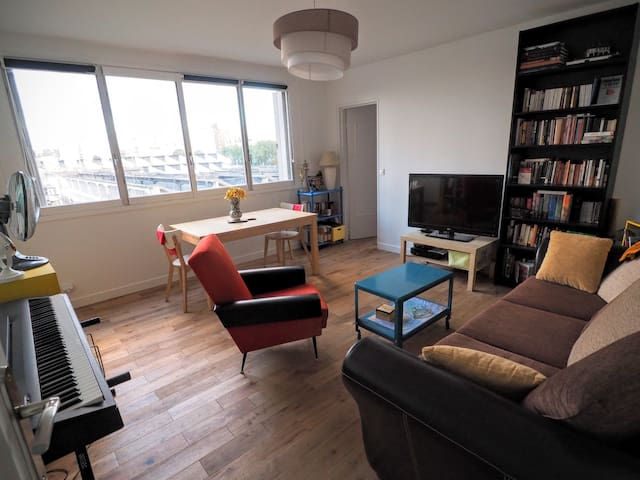 Spacious 2-bedroom apartment near Montmartre - Paris-18E-Arrondissement - Departamento