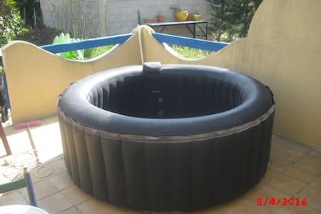 villa T4 avec piscine - Cuges-les-Pins