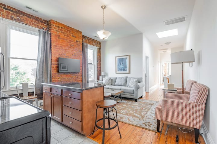 Fan District Corporate Furnished 2 Bedroom