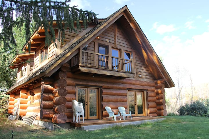 Gorgeous Creekside Cabin on Exclusive Ranch - Twisp - Houten huisje