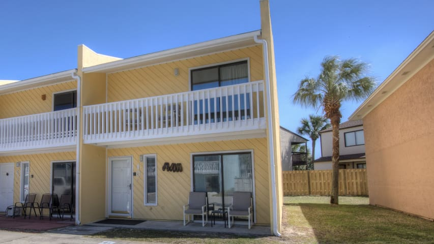 Close to Everything, 2 br/2.5 bath sleeps 7, Beach - Panama City Beach - Kondominium