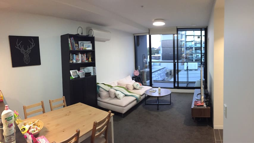 Modern apartment 15 mins to Melbourne City - Abbotsford - Departamento