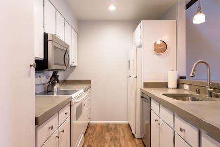 Newly Remodeled Condo - Sleeps 8 - Kings Beach - Condominium