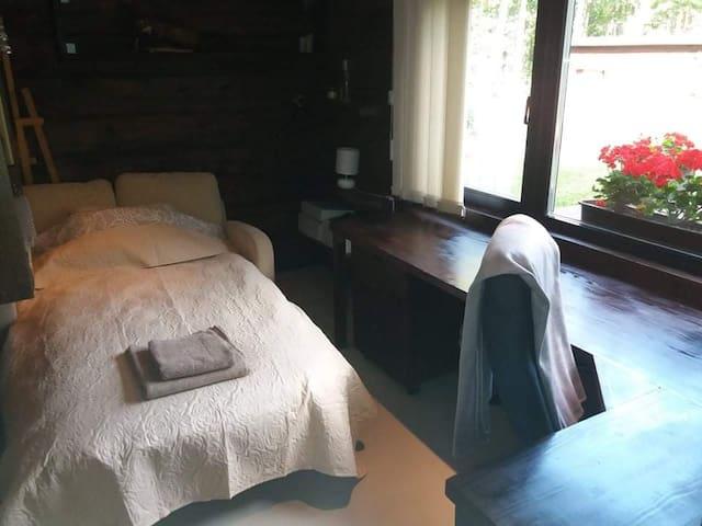 4. bedroom / office