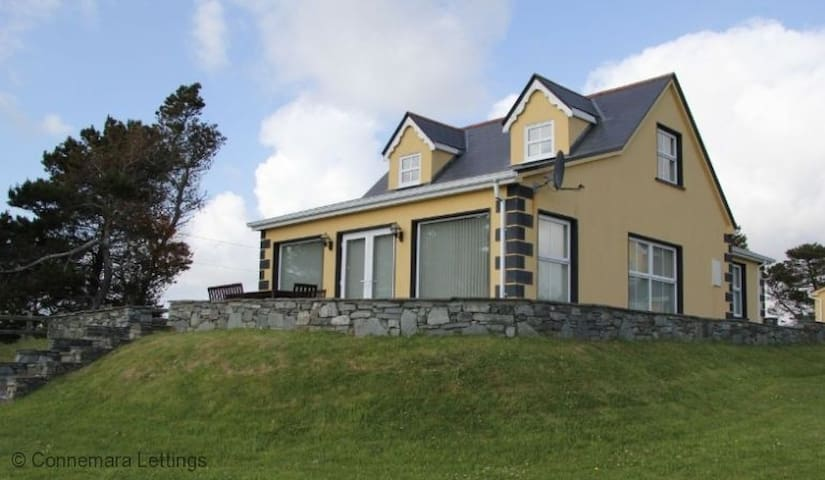 Murlach Cottage - Ballyconneely