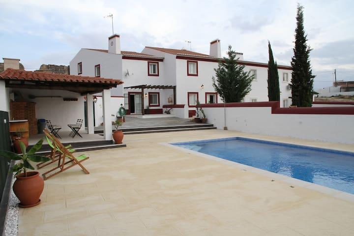 Casas de São Lázaro (Casa D. Beatriz )