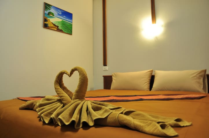 Rachada Place Single Bed