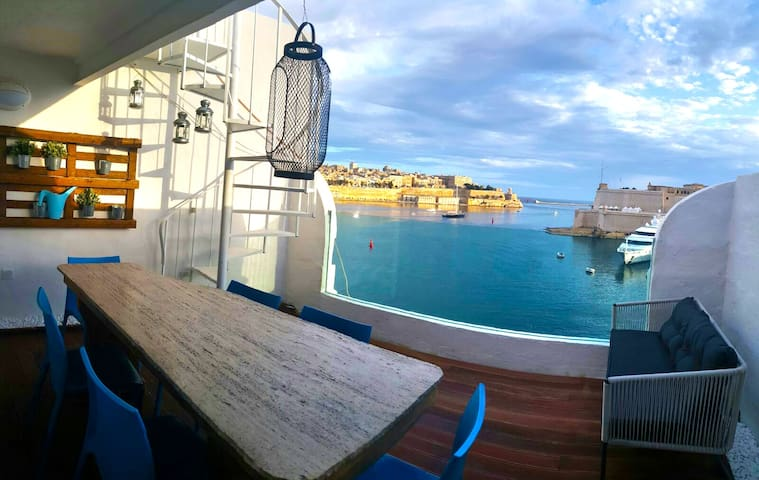 Valletta Views, Ta' Sofia Penthouse - Senglea - Appartement