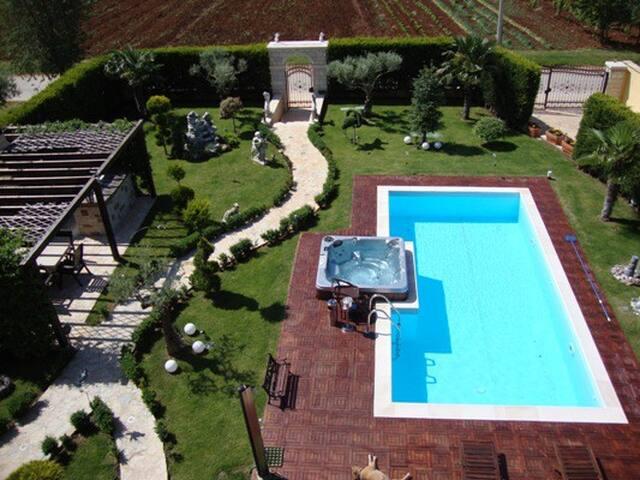Beautiful apartments with the pool - Vrvari - Lägenhet