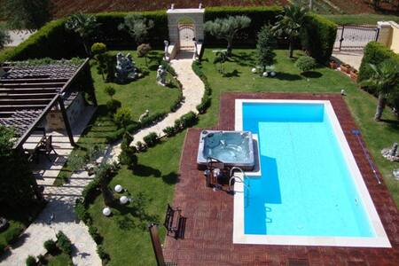 Beautiful apartments with the pool - Vrvari