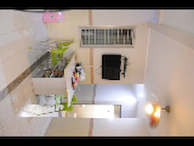 Room I @ Cozy house with six bedrooms - South Tangerang - House