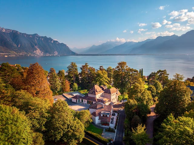 4BD Lake View in 2 floors Montreux
