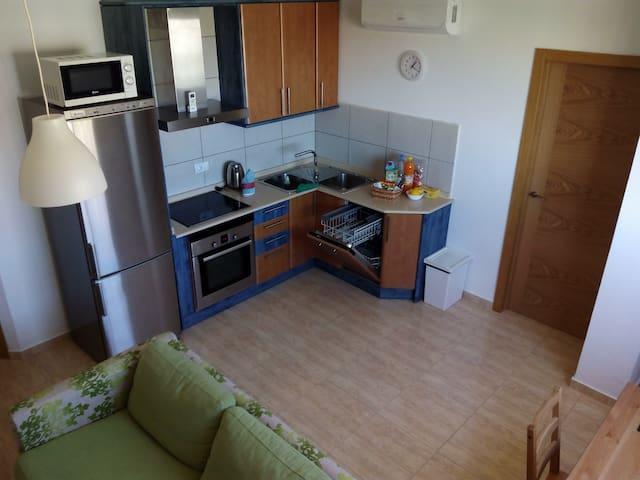 La Palmera.Apartment. Free Wi-Fi. 2 rooms