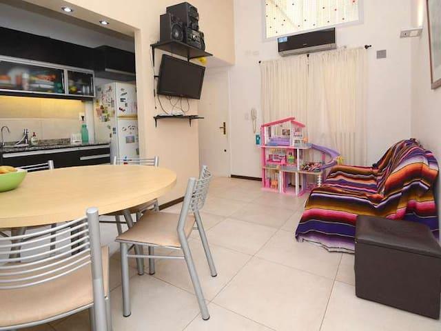 Cozy apartment in the best corner of Recoleta